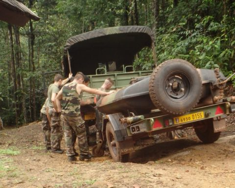 Legionnaires preparing for abatis training